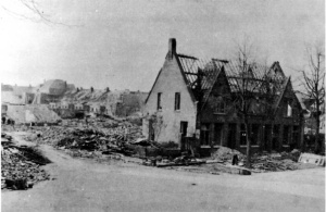 Blauwdorp 2 Bominslag  1940