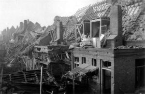 Blauwdorp 3 bominslag 1941