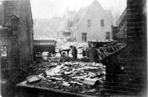 Blauwdorp 5 bominslag 1941