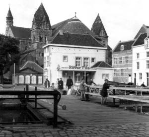 Graanmarkt 1962 vanaf stadspark