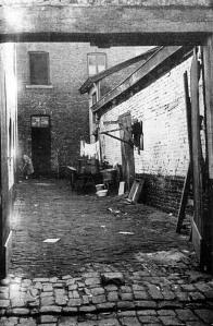Raamstraat binnenplaats liggende woningen 1957