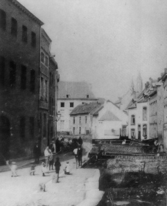Kleine Looierstraat met Jeker en bruggetjes ±1898