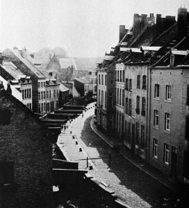 Kleine Looierstrat met jeker 1899