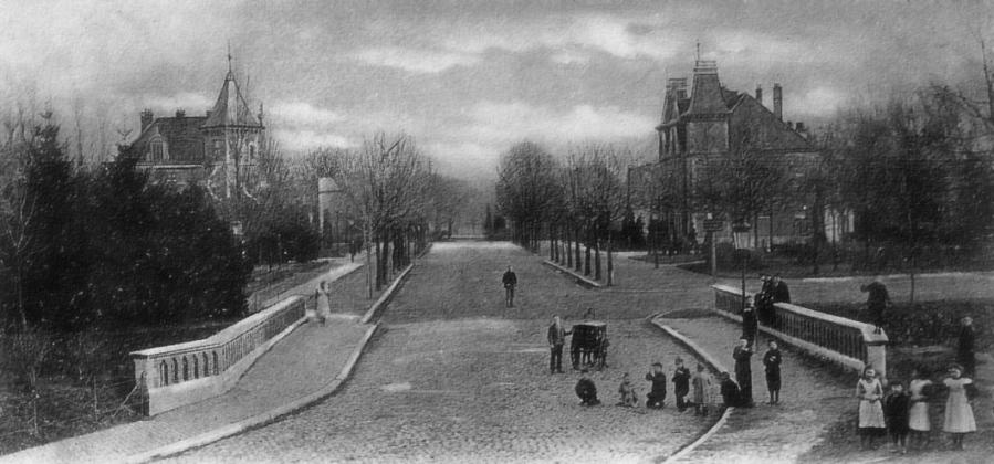 St. Pieterstr.brug o. Jeker nr. Park ±1910 (later Heylerho